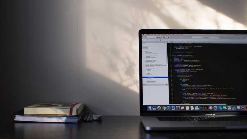 Le bureau d'un designer web